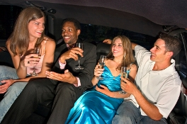 Rent limo for Girls/Guys Night Out in St. Davids Ontario - St. Davids Limo Services