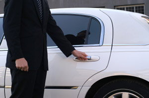 Chauffer driven limousine services for your wedding and honeymoon including airport pickup and dropoff