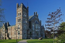 A Photo of a Courthouse in Woodstock, Ontario